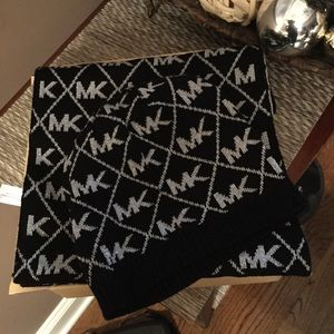 Michael Kors Black and Silver Scarf And Hat Set